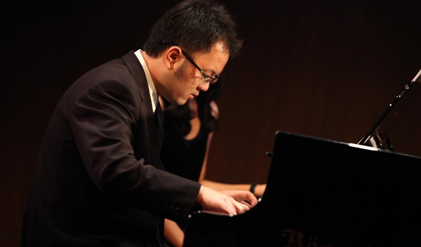 ครูเต๋าสอนเปียโน